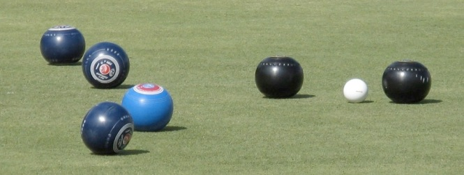 Bowls-in-Play_2